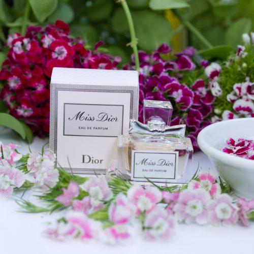 NƯỚC HOA NỮ MISS DIOR (EDP) mua từ Pháp